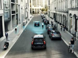 150406_Yeni Volvo_XC90 City_Safety