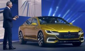 2017-Volkswagen-Sport-Coupe-GTE-12