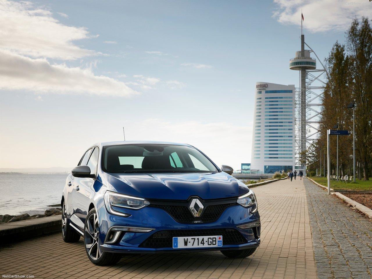 Renault-Megane_2016_1280x960_wallpaper_09