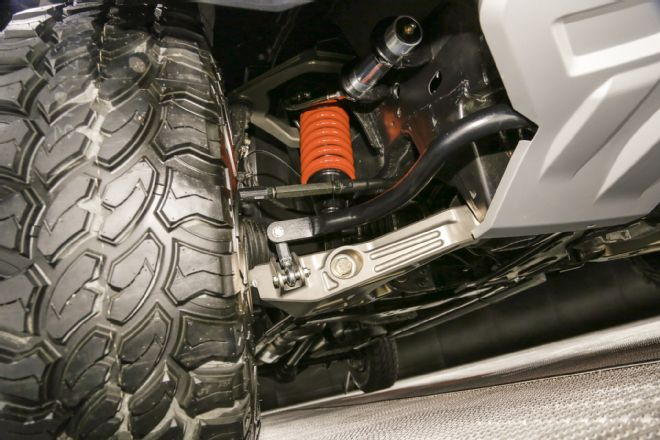 nissan-titan-warrior-concept-suspension