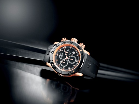 dating a citizen watch The elegant collection alone has around 100 different models for men and women, which demonstrates exactly how large citizen's selection is furthermore , it shows that eco-drive has won out against battery power, as solar energy is standard in elegant models the classic three-hand watches with date display and a.