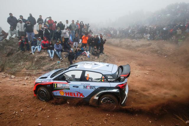 Hyundai i20 WRC- Neuville