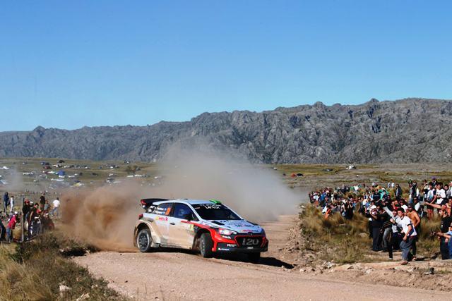 Hyundai i20 WRC- Paddon