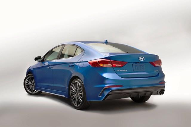 Hyundai Elantra Sport (3)